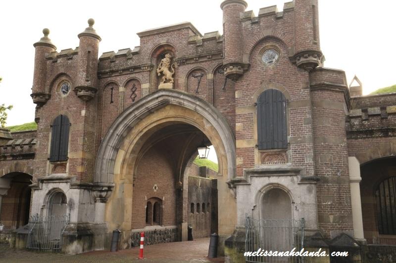 Portal da cidade de Naarden