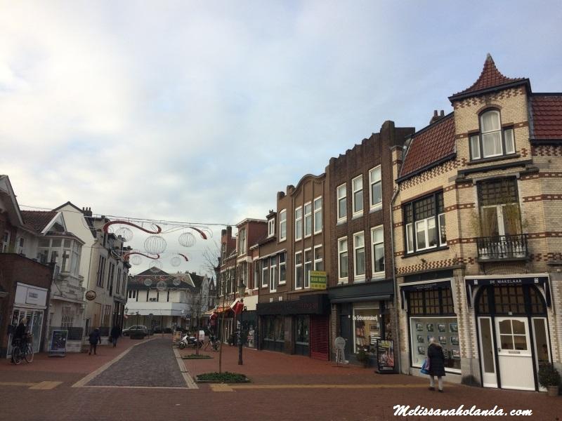Viajando por 40 cidades da Holanda: 8 ª cidade – Bussum