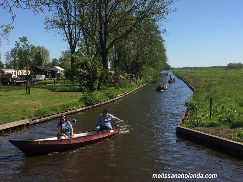 Giethoorn Canal aberto
