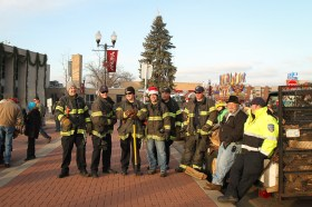 anoka-tree-lighting-blog-3