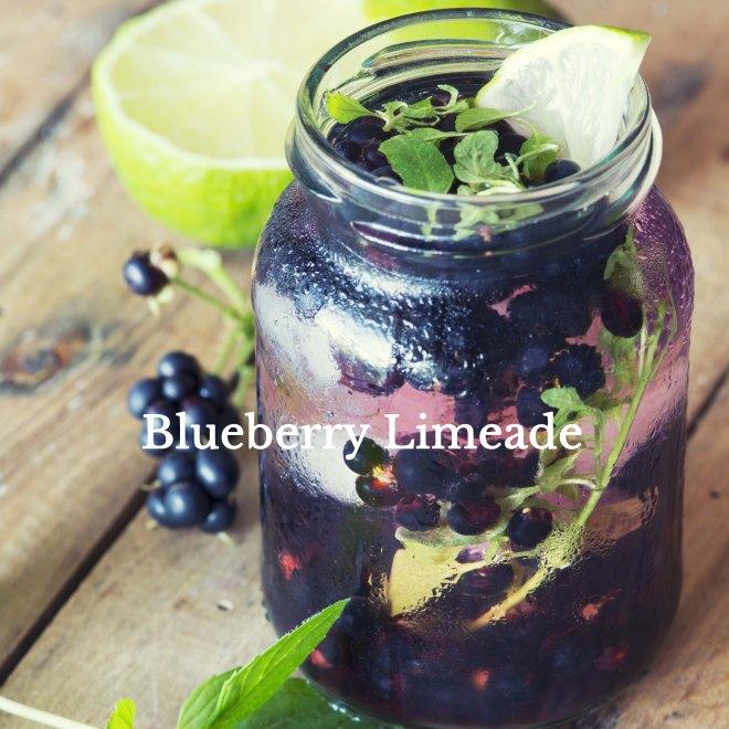 Refreshing blackberry lemonade with mint