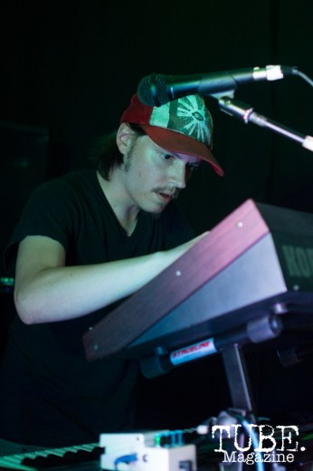 Keyboardist Zach Bissell of Gentleman Surfer playing at Cafe Colonial in Sacramento, CA. August 2015. Photo Alejandro Montaño