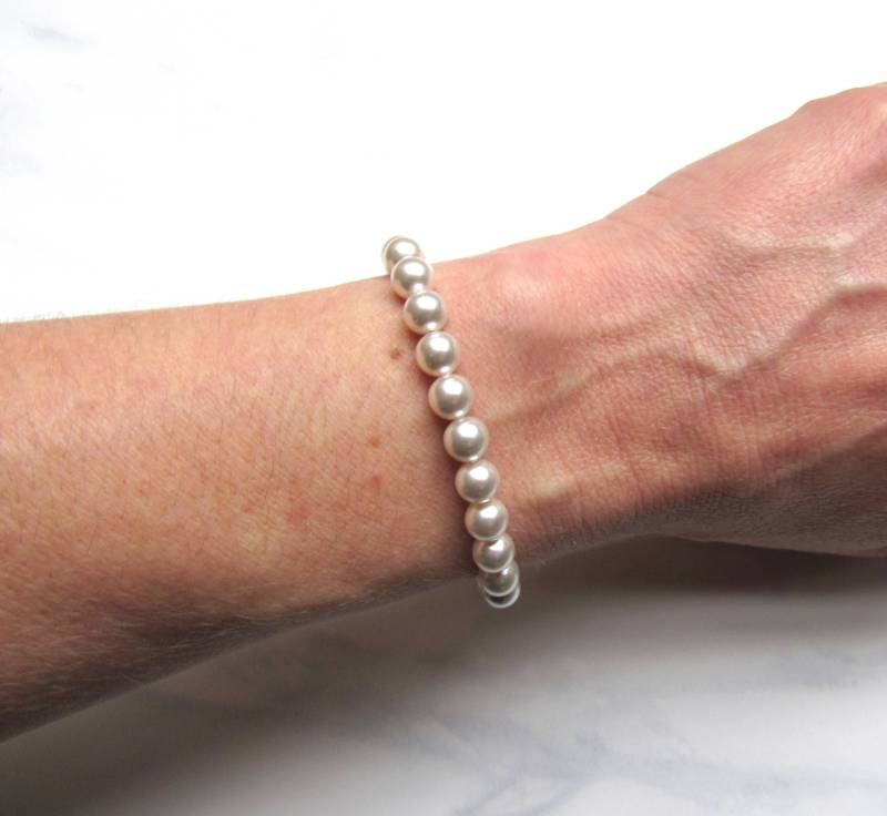 pearl bracelet single strand