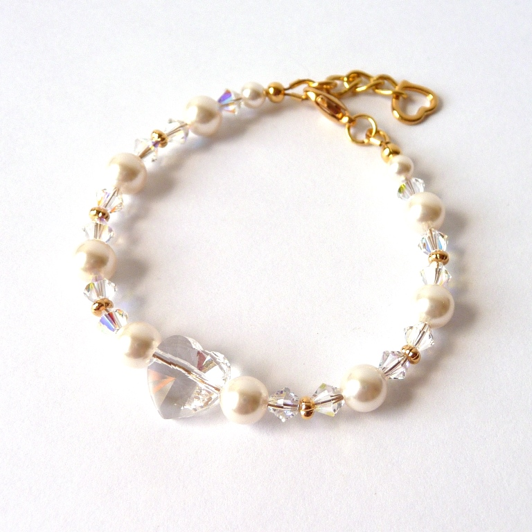 pearl and crystal heart bracelet with gold accents2