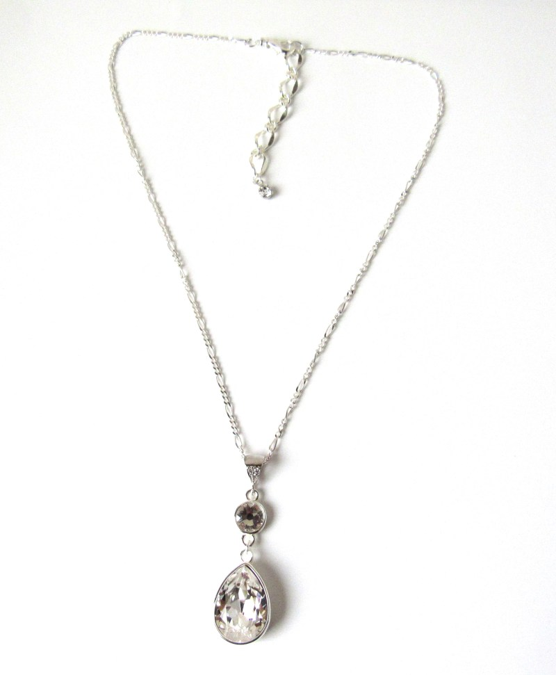 pearshaped pendant necklace for wedding