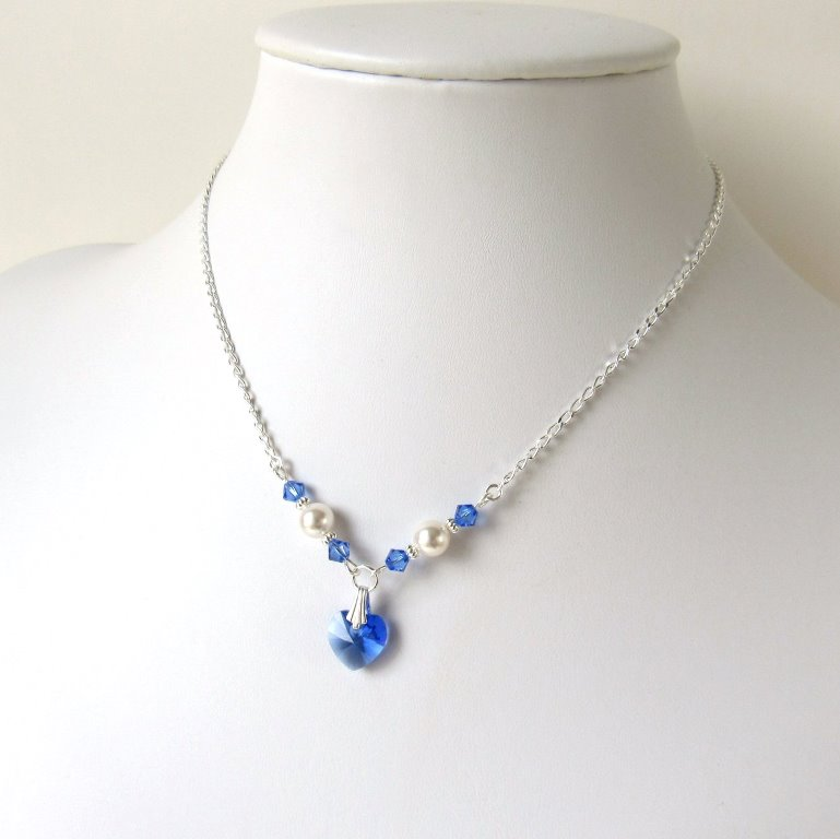 GN18-girls-pearl and sapphire crystal heart necklace