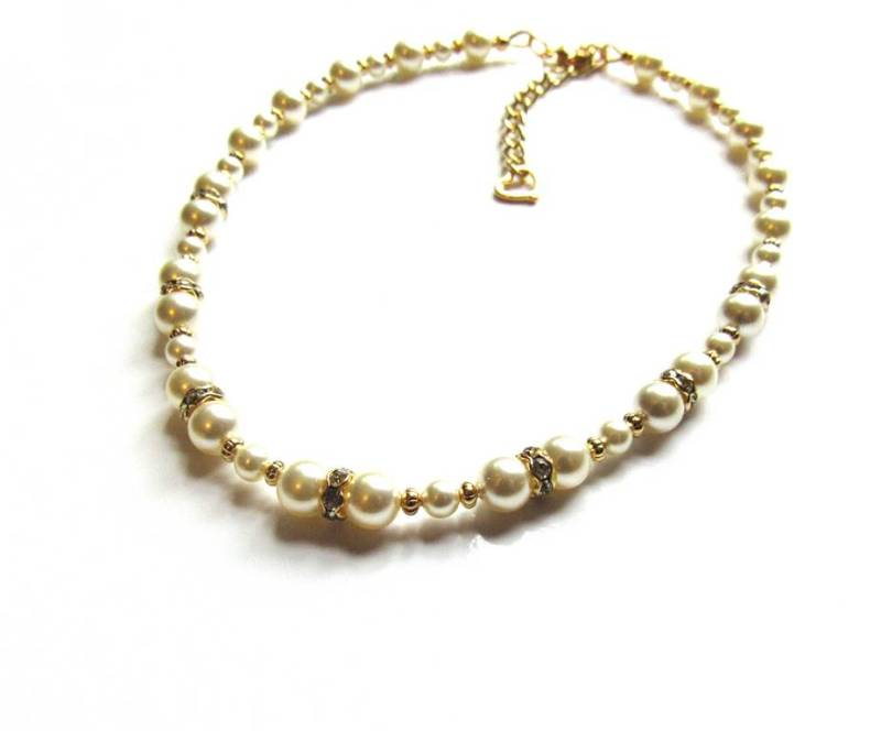 -gold and pearl necklace for girls