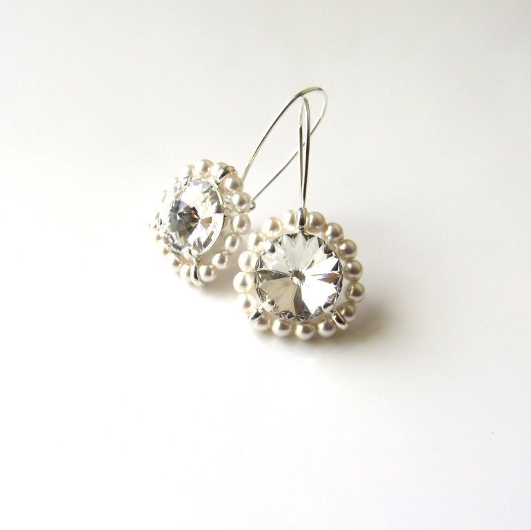 WE15-PEARL AND SWAROVSKI CRYSTAL SWIRL EARRINGS