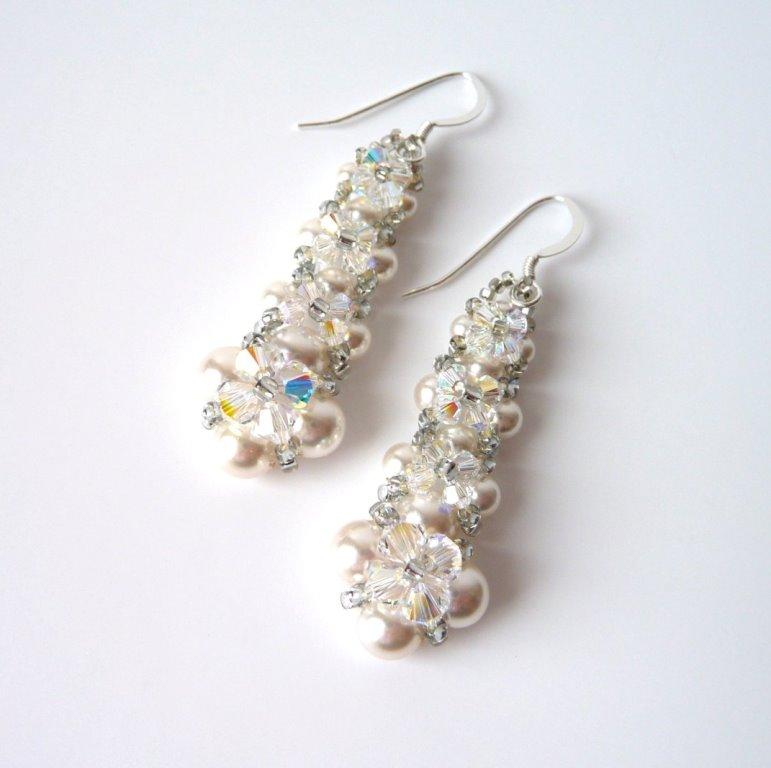 WE16-pear and crystal long dangle earrings