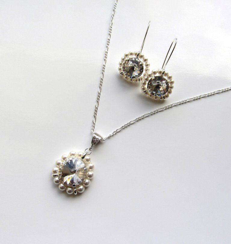 WS11-pearl and crystal swirl necklace and earring set
