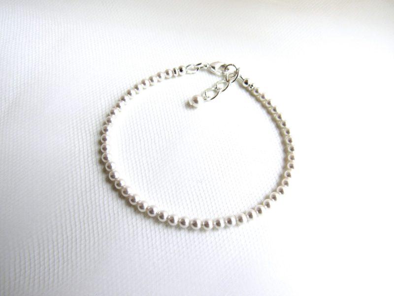 Dainty Pearl Bracelet, Seed Pearl Bracelet for Women
