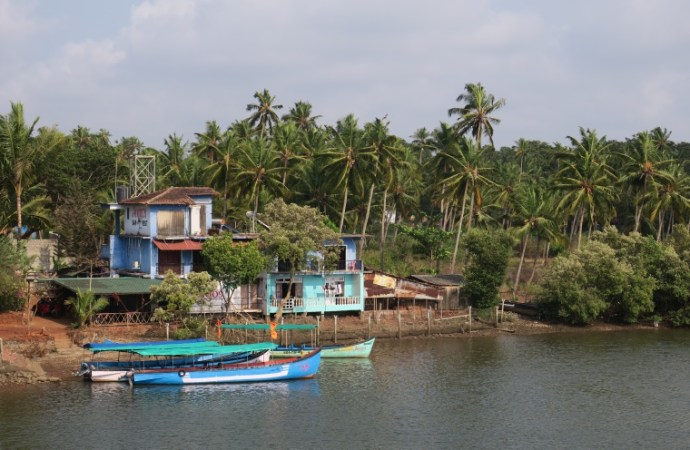 Goa Travel Guide | Clean & Happy Place
