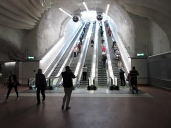 Citybanan, Stockholm City, rulltrappor