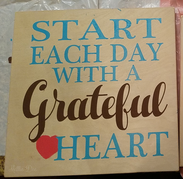 Wood Painting Quote | Start each day with a grateful heart