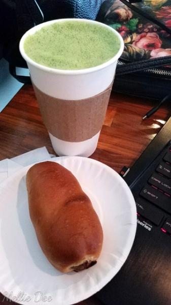2018 | 023/365 | Pura Coffee | Houston, Texas | Blueberry Matcha Latte and Jalapeno and Cheese Kolache