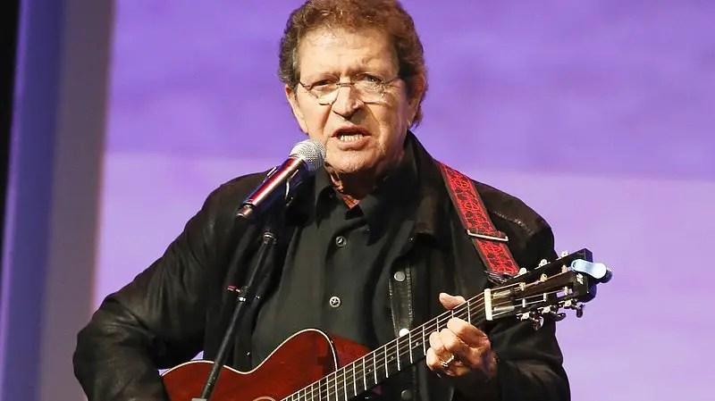 Elvis Presley's Songwriter and Country Star Mac Davis dies @78