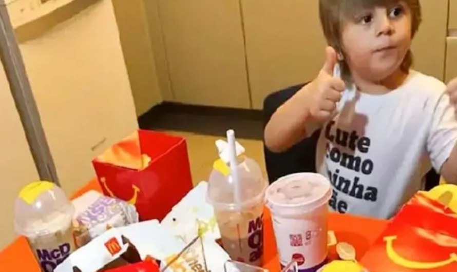 3yrs old kid orders 5,400 worth McDonald's from mum's phone