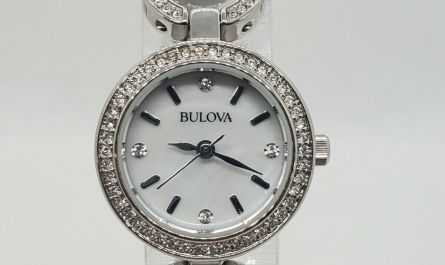 BULOVA 96X137 CRYSTALS SILVER TONE WOMEN'S WATCH ALL STAINLESS STEEL 23MM