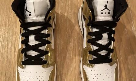 Nike Air Jordan 1 Mid SE Metallic Gold GS Size 5Y DC1420-700 - Brand new!