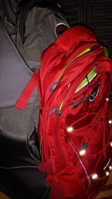 Attache du sac à dos de jour