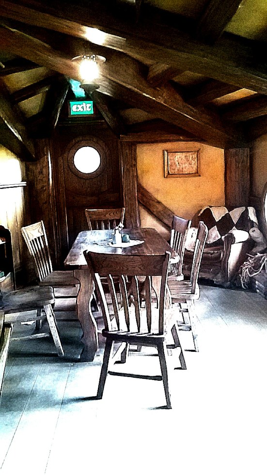 Hobbiton, the Green Dragon's Inn.