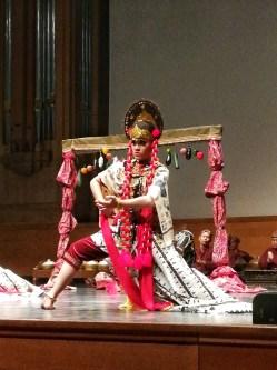 Europalia Indonésie, danseuse javanaise