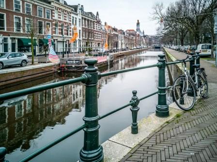 La Haye, canal