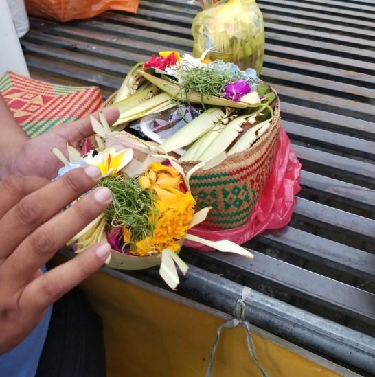 tirta-empul-offering.jpg