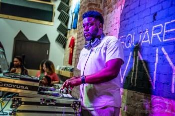 hip-hop-nite-square-cat-2991