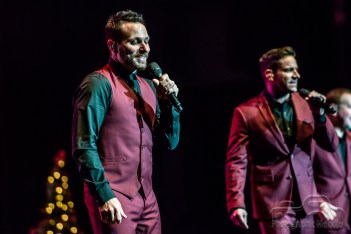 98 Degrees heated up Old National Centre with a sizzling performance on November 25, 2018