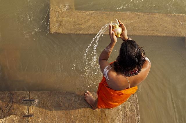 Hindu Man, Best Quotes by Hindu Monk Swami Vivekananda