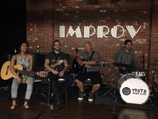 Danny Knapp Melonhead Bass Guitarist Live Hollywood Improv