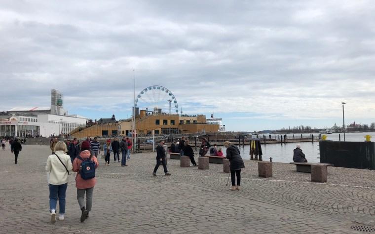 qué ver en Helsinki la plaza del mercado