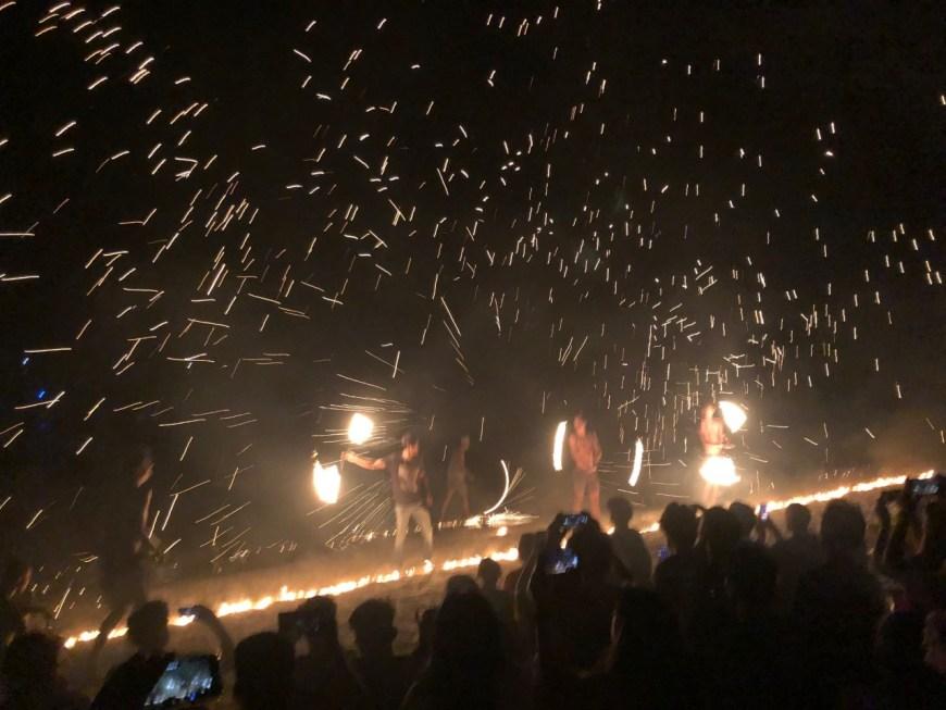 Espectáculo de fuego en Long Beach, Perhentian Kecil