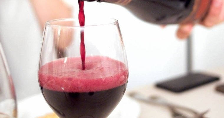 My bubbly is red: Lambrusco wine story in Avenue
