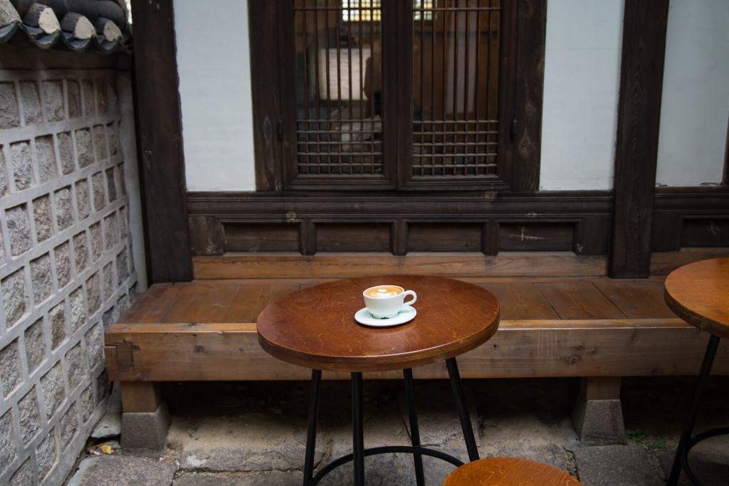 Specialty Coffee in Seoul_fritz coffee company_changdeokgung palace branch_cappuccino