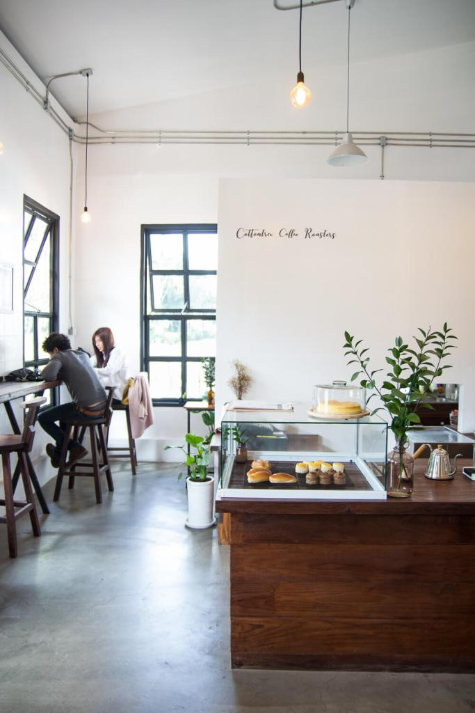 mels-coffee-travels-signature-drinks-chiang-mai-cafe-view