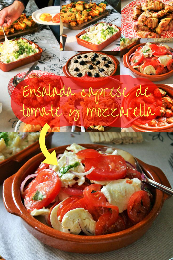 Ensalada caprese de tomate y mozzarella - Zomerse Spaanse tomaten salade met mozzarella knoflook uienringen en basilicum - BBQ salade - Tapasfeestje - Mels Feestje