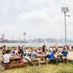 smorgasburg - heerlijk kleine hapjes eten in Brooklyn terwijl je naar de skyline van new york kijkt