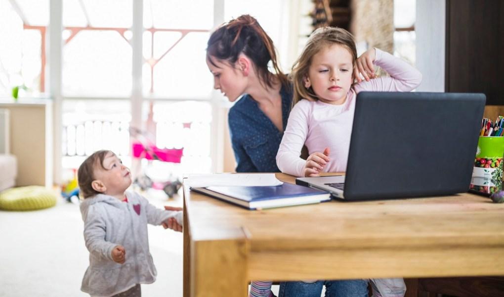 tantangan menjadi freelancer mom