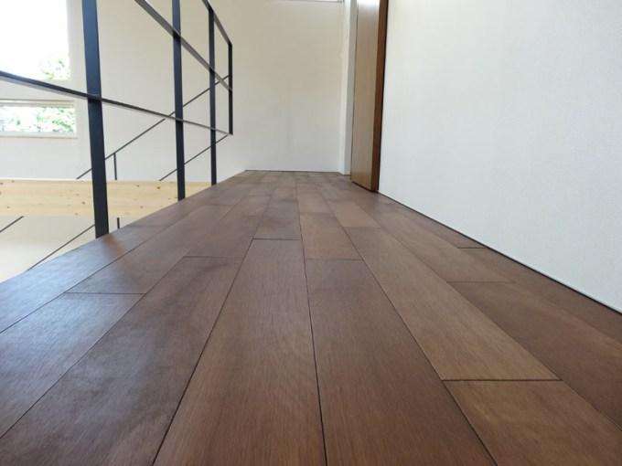 2階の床材