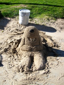 Weird-cute sand monster that I paid a dollar to snap a photo of.