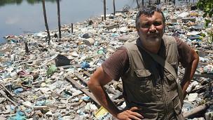 Contaminaciona en playa de Brasil