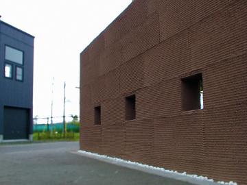 塗り壁門柱穴あき