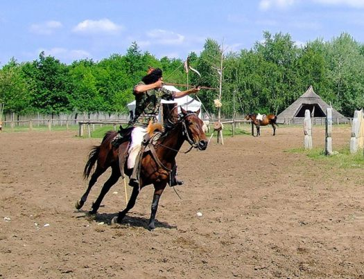 Horse archer presentation in Hungary