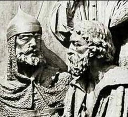Detail from the Millennium of Russia Monument: Mstislav Mstislavich, left, and Daniel of Galicia, his son-in-law.