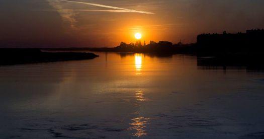 Sunset over Sir-Darya river, Kazakhstan.