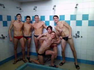 showerspeedos