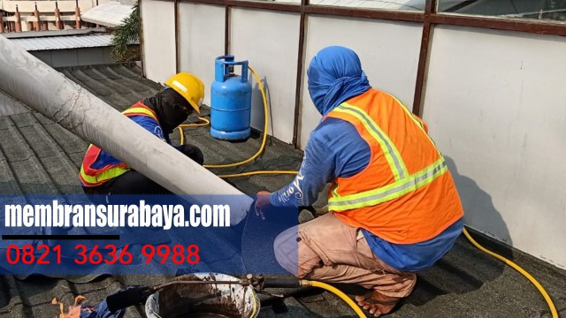 Jasa Pasang Membrane Bakar Waterproofing Di Balongsari,Surabaya - WA Kami : 08 21 36 36 99 88.    Eksklusif untuk Anda mencari  distributor membran bakar dan bertempat tingal di Kota Kalijudan,Surabaya - Telp : 0821 3636 9988.