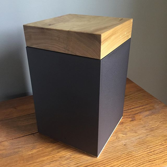 Meta Poplar Cremation Urn w/ New Powder Texture
